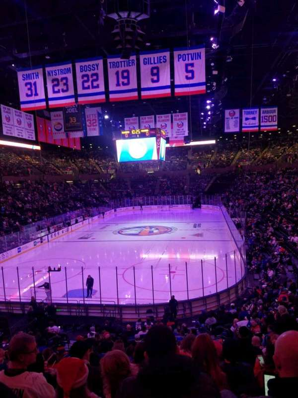 Nassau Veterans Memorial Coliseum, section: 109, row: 10, seat: 1