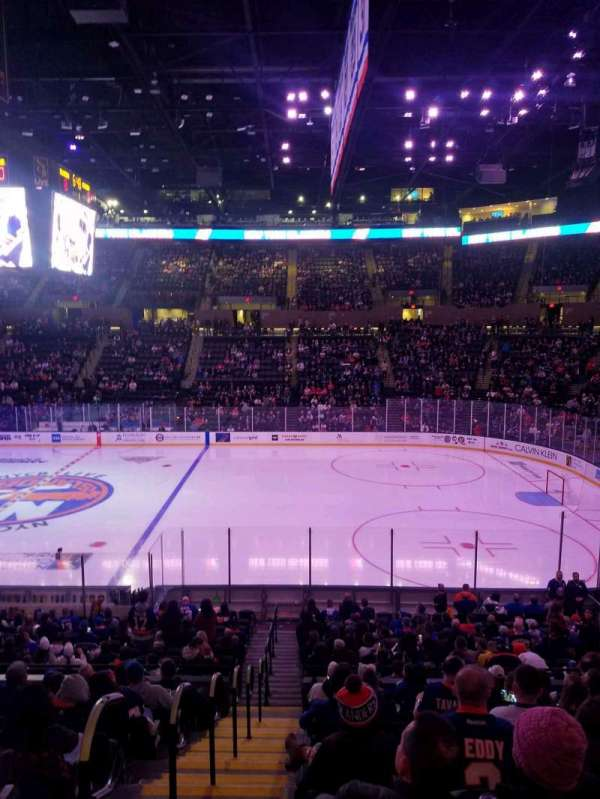 Nassau Veterans Memorial Coliseum, section: 115, row: 10, seat: 1