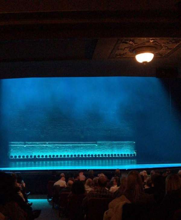 Broadhurst Theatre, section: ORCH L, row: Q, seat: 1