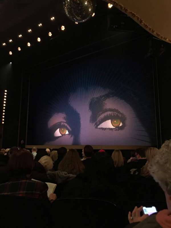 Lunt-Fontanne Theatre, section: Orchestra R, row: N, seat: 18