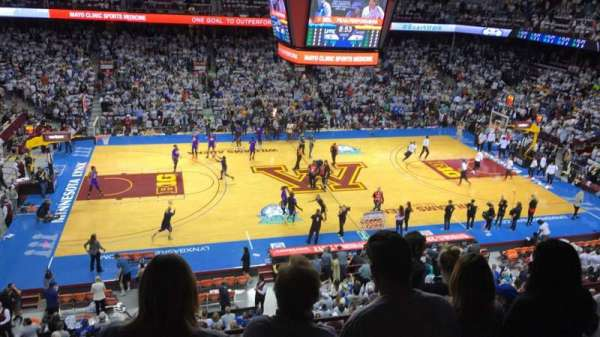Williams Arena, section: 208, row: 6, seat: 8