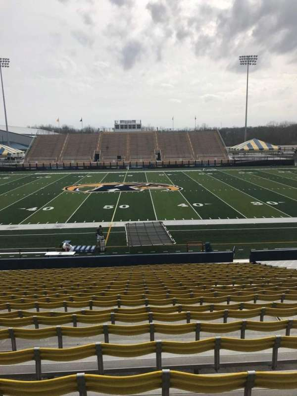 Dix Stadium, section: 4, row: 9, seat: 25