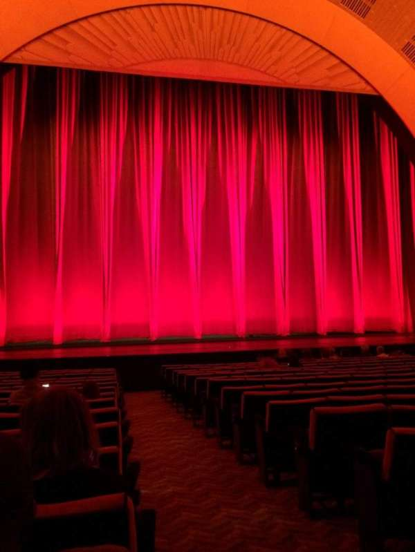 Radio City Music Hall, section: Orchestra 5, row: SS, seat: 501