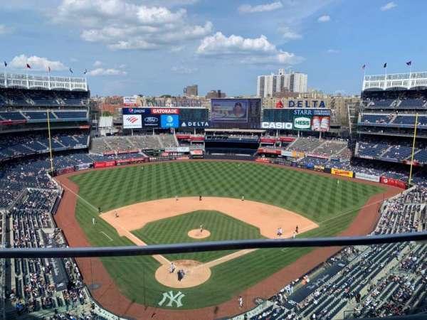 Yankee Stadium, section: 420B, row: 1, seat: 8
