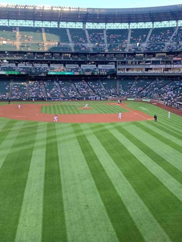 T-Mobile Park, section: 183, row: 1, seat: 5