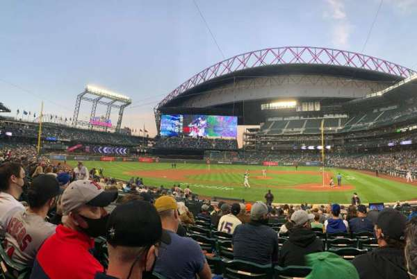 T-Mobile Park, section: 135, row: 17, seat: 3