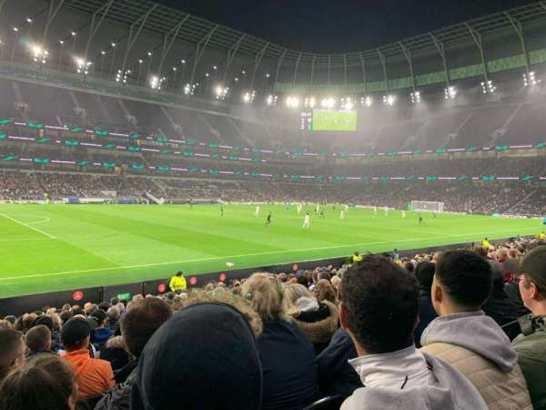 Tottenham Hotspur Stadium, section: 123, row: 17