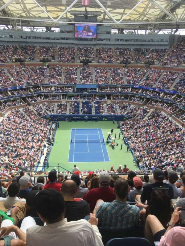 Arthur Ashe Stadium, section: 321, row: P, seat: 16