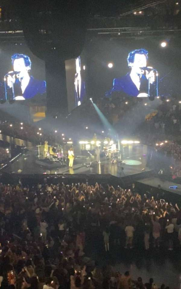 Madison Square Garden, section: 215P, row: 1, seat: 8-9