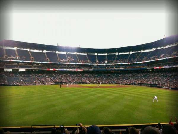 Turner Field, section: 144, row: 22, seat: 4
