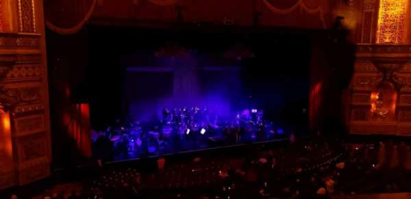 Fox Theatre (Detroit), section: M3, row: AA, seat: 301