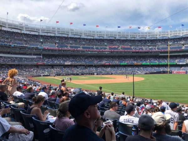 Yankee Stadium, section: 110, row: 22, seat: 6