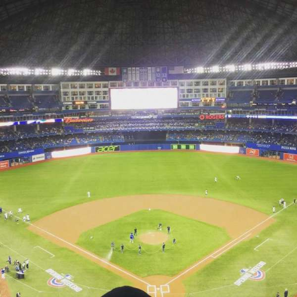 Rogers Centre, section: 524br, row: 6, seat: 7