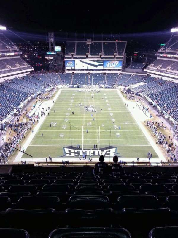 Lincoln Financial Field, section: 212, row: 13, seat: 11