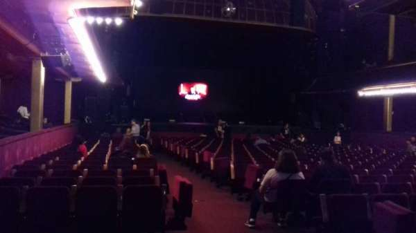 Casino de Paris, section: LOGE LG19, seat: 3
