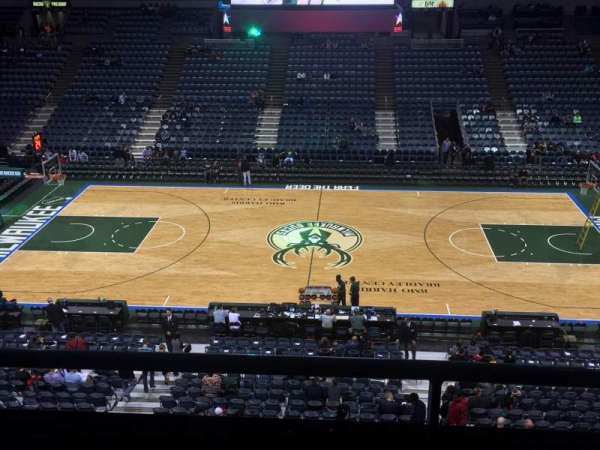 BMO Harris Bradley Center, section: 400, row: C