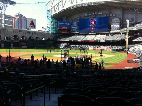 Minute Maid Park, section: 118, row: 23, seat: 15