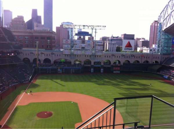 Minute Maid Park, section: 424, row: 3, seat: 20