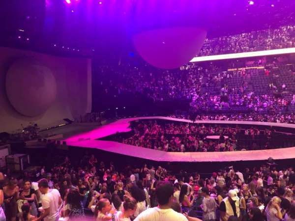 AccorHotels Arena, section: Gradin O, row: 14, seat: 01