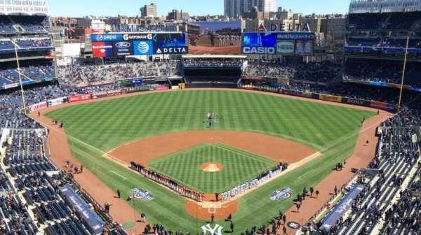 Yankee Stadium, section: 420B, row: 5, seat: 10