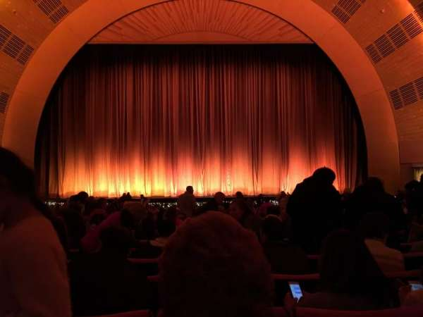 Radio City Music Hall, section: Orchestra 4, row: A, seat: 407
