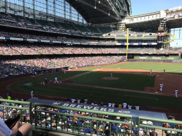Miller Park, section: 213, row: 3, seat: 19