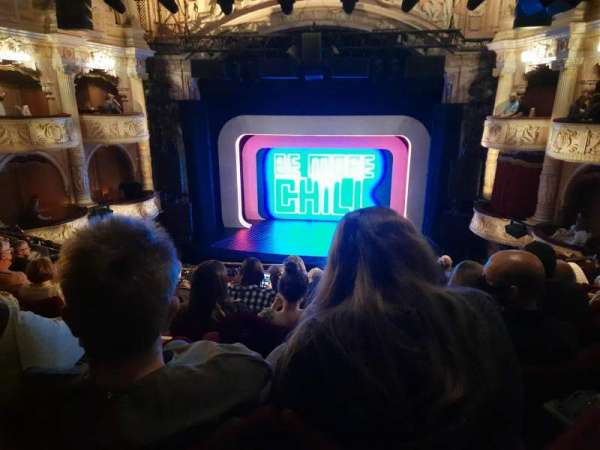 Shaftesbury Theatre, section: Royal Circle, row: H, seat: 16