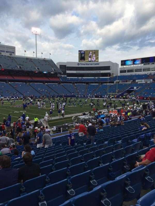 Highmark Stadium, section: 136, row: 20, seat: 11