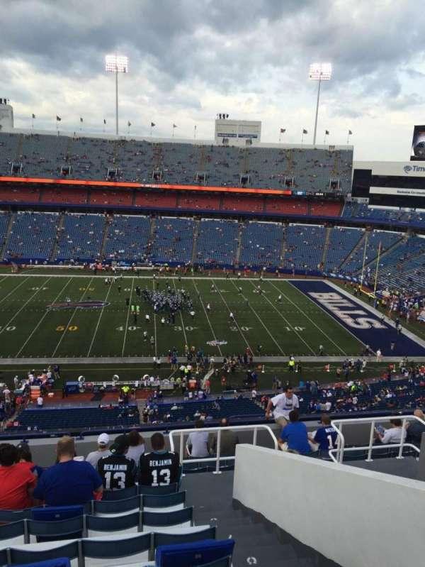 Highmark Stadium, section: 333, row: 13, seat: 4