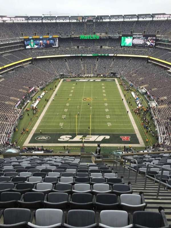 MetLife Stadium, section: 326