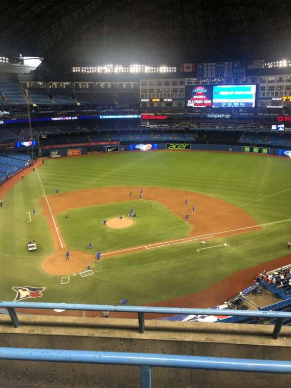 Rogers Centre, section: 522R, row: 3, seat: 7