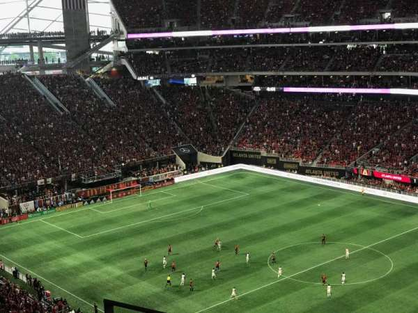 Mercedes-Benz Stadium, section: 334, row: 4, seat: 18