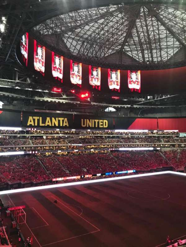 Mercedes-Benz Stadium, section: 242, row: 7, seat: 8