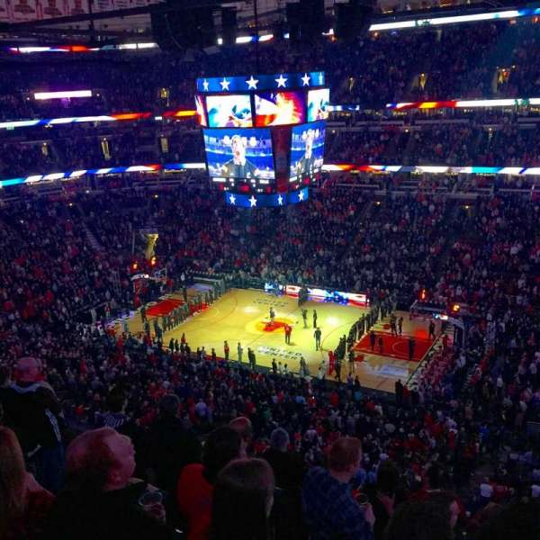 United Center , section: 315, row: 7, seat: 9
