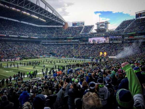 CenturyLink Field, section: 138, row: BB, seat: 5