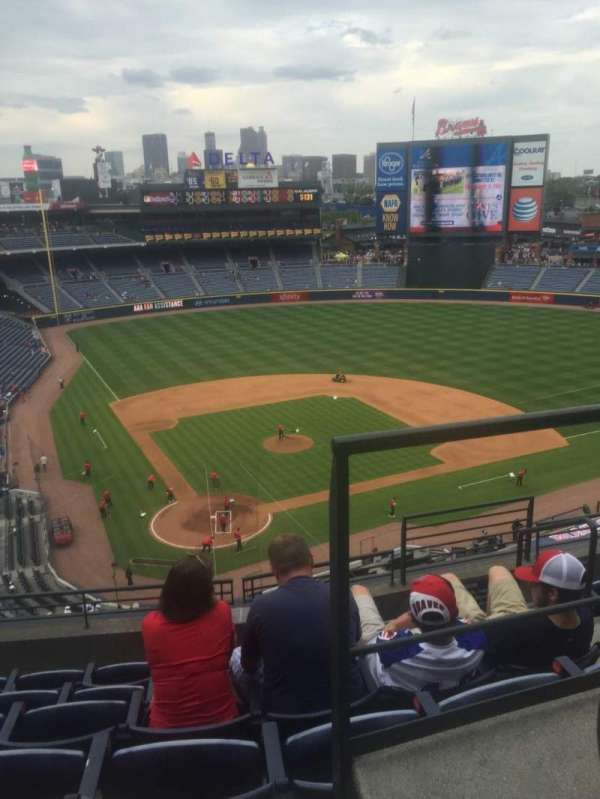 Turner Field, section: 405L, row: 6, seat: 101