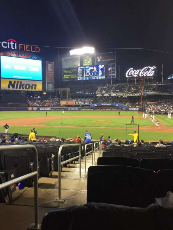 Citi Field, section: 18, row: 20, seat: 17