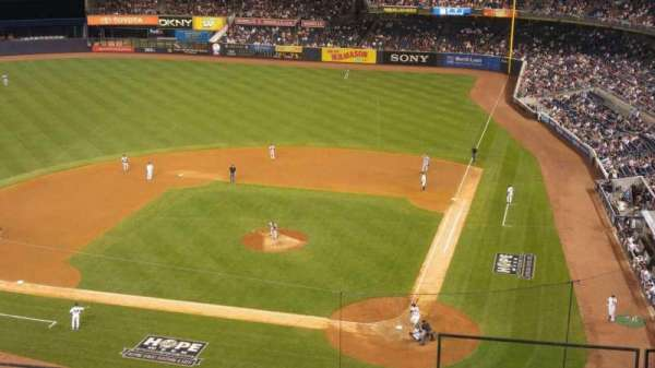 Yankee Stadium, section: 322, row: 5, seat: 1