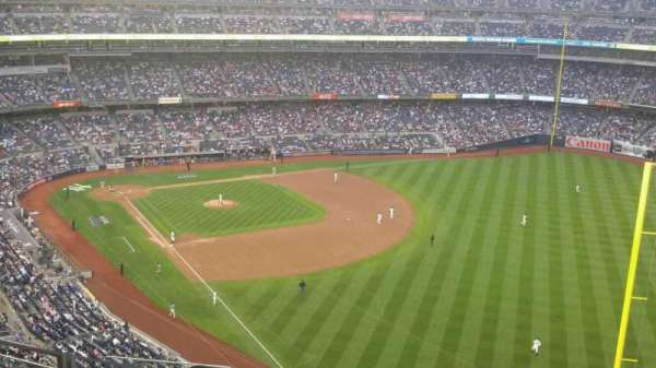 Yankee Stadium, section: 408, row: 10, seat: 18