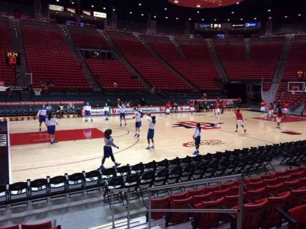 Viejas Arena, section: D, row: 7, seat: 4