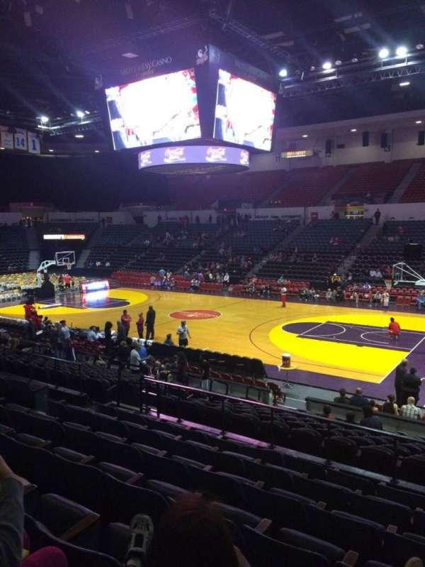 Pechanga Arena, section: L23, row: 7, seat: 4