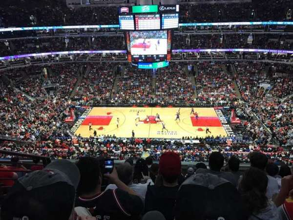 United Center, section: 334, row: 7, seat: 13