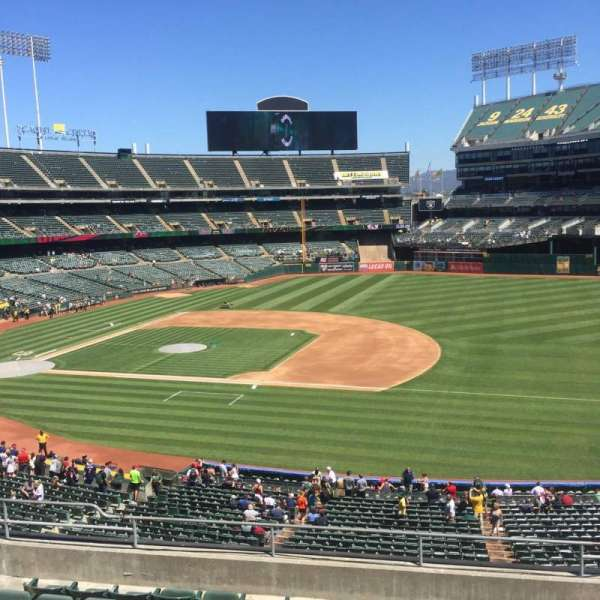 Oakland Alameda Coliseum, section: 210, row: 10, seat: 3