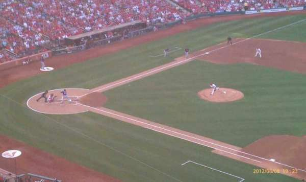 Busch Stadium, section: 340, row: 3, seat: 15