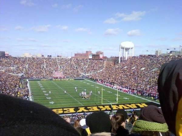 Kinnick Stadium , section: 218