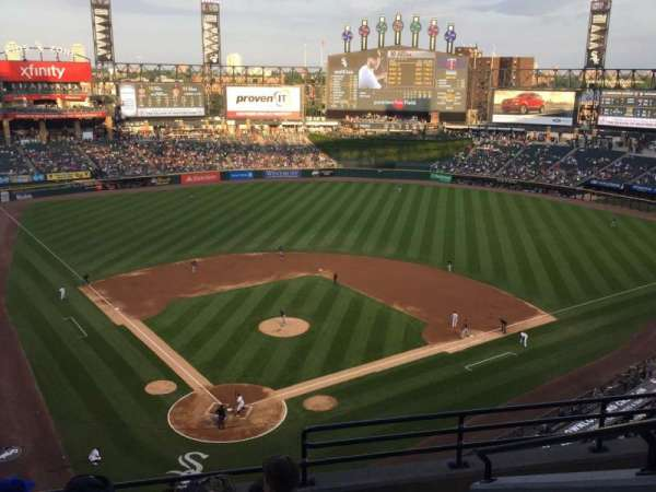Guaranteed Rate Field, section: 530, row: 10, seat: 3