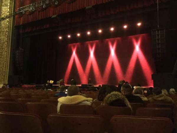 Chicago Theatre, section: MNFL3R, row: PP, seat: 316