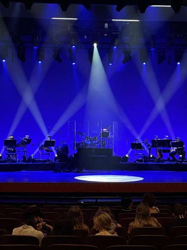 New Amsterdam Theatre, section: Orchestra C, row: M, seat: 111