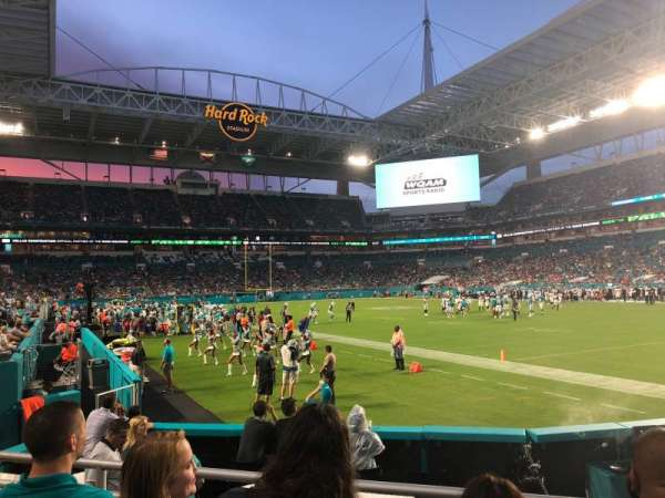 Hard Rock Stadium, section: 138, row: 3, seat: 17