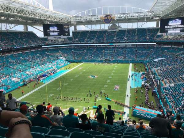 Hard Rock Stadium, section: 302, row: 18, seat: 5